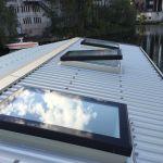 SkyVision COMFORT . Oberlichter zum Lüften - geöffnetes Oberlicht auf Flachdach
