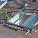 Dachschiebefenster LI - zweiflügelig - als Dachterrassenausstieg mit offenen Fenstern