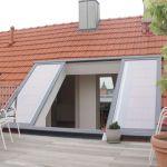 Dachschiebefenster LI - zweiflügelig - geöffneter Dachausstieg zur Dachterrasse